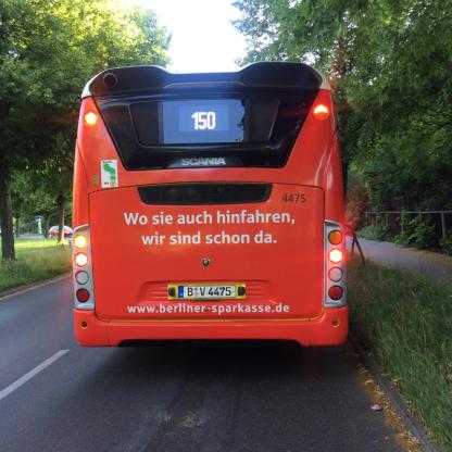 Roter_Bus_800